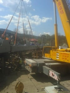 Podczepianie części mostu