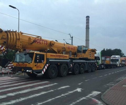 LTM 1250 wyjeżdża z Tychów do Jaworzna.