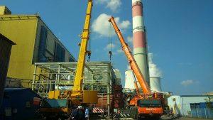 Ciężkie dźwigi wynajem - montaż w elektrowni w Jaworznie.