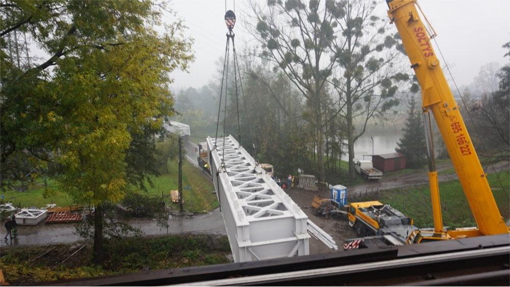 Montaż mostu kolejowego w Warszowicach 2