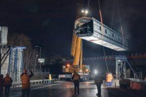 Likiwdacja mostu KWK Wieczorek przeprowadzona we współpracy z dźwigami formy Sołtys.