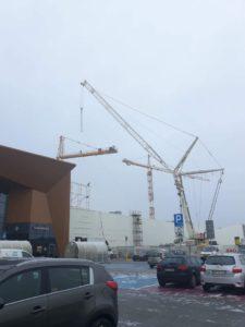 Dźwig TERE może podnieść konstrukcje o wadze 350 ton.